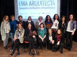 María Bernabela Pelli, en el Encuentro Mujeres y Arquitectura, Bienal de Arquitectura de Buenos Aires 2015